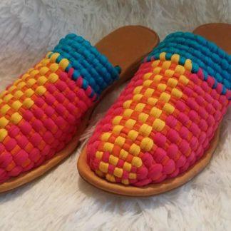 Huaraches mexicanos sandals.